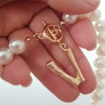 Simulated Pearl Necklace for Women Jewelry Name Gold Bamboo English Alphabet Initial Letter Pendants Toggle Chain photo review